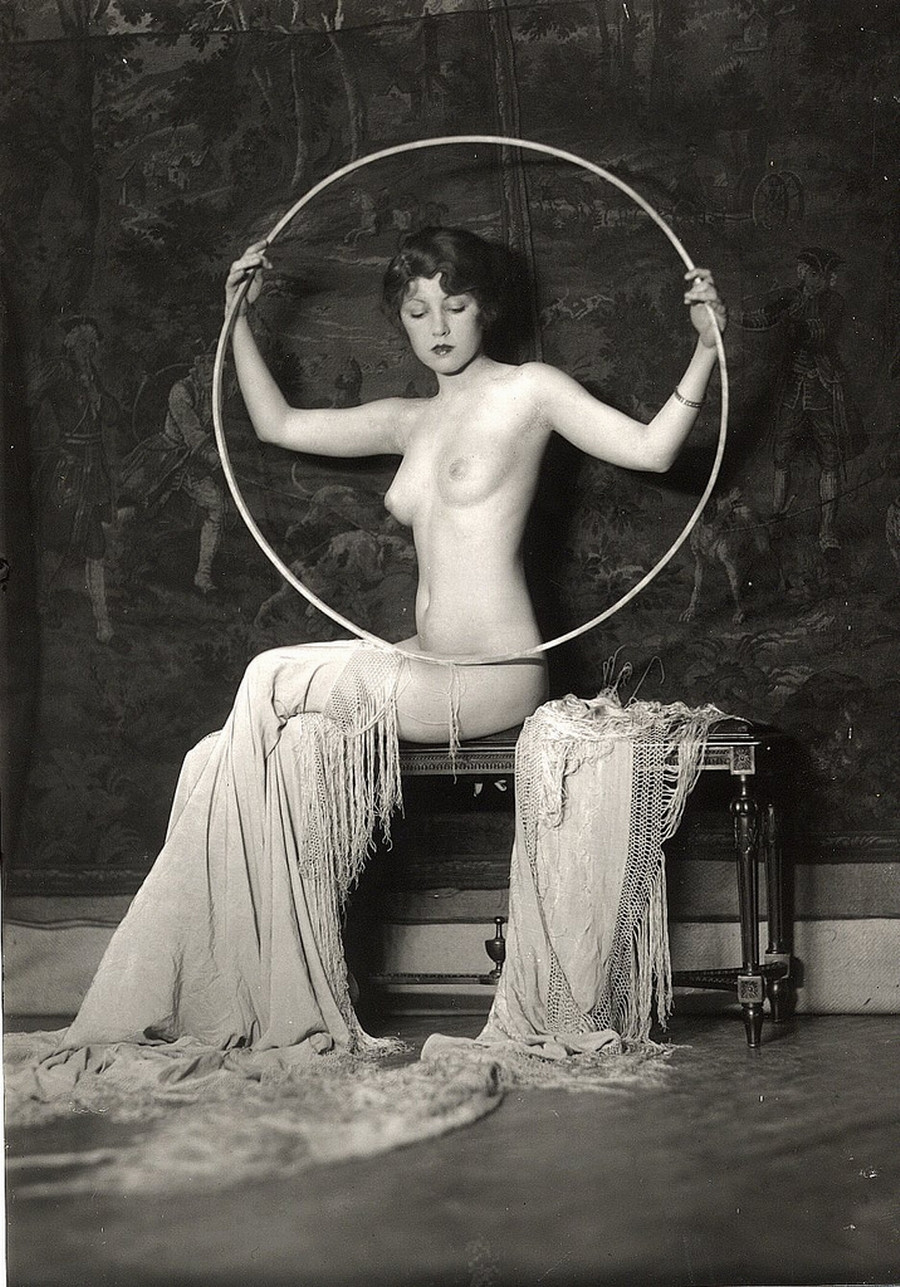 20 века.фото шлюхи